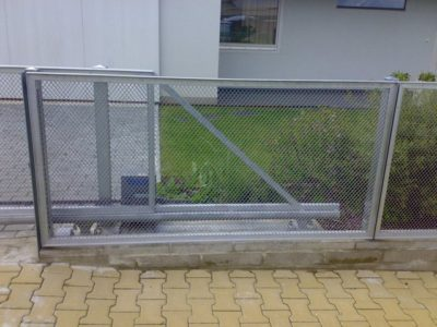 automatická brána posuvná